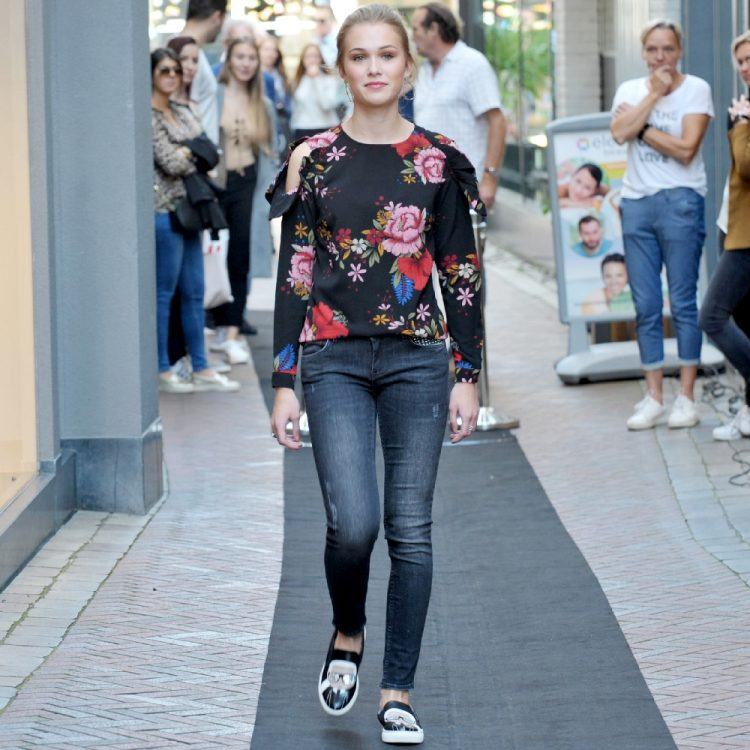 Papegaaistraat Goes Modeshow 2017 foto 010